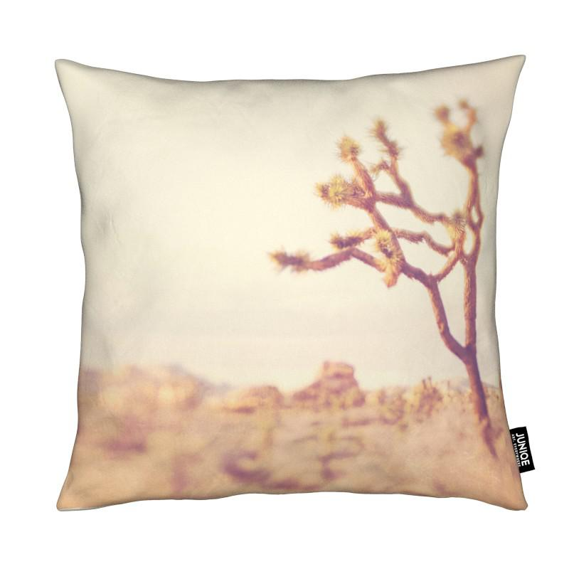 Déserts, Arbres, Last Night I Dreamt of the Desert No.4 coussin