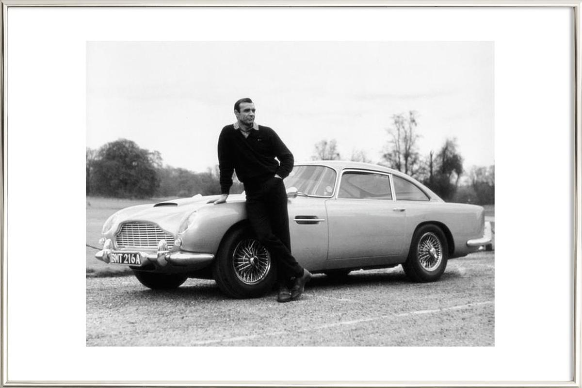 Sean Connery in Goldfinger, 1964 Poster in Aluminium Frame