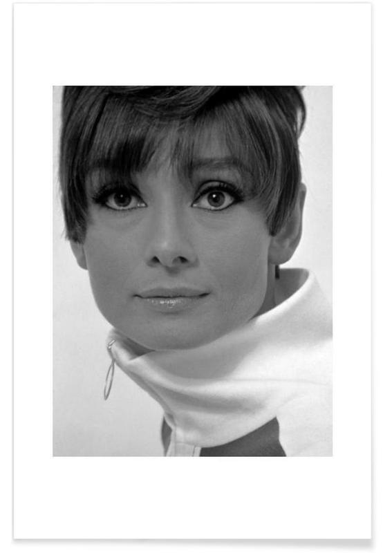 Audrey Hepburn, Noir & blanc, Vintage, Portraits, Audrey Hepburn, 1966 - Photographie vintage affiche