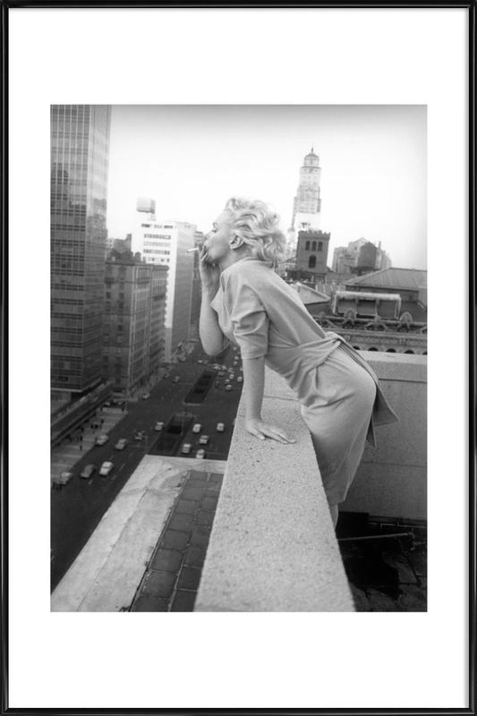 Marilyn Monroe in New York, 1955 -Bild mit Kunststoffrahmen