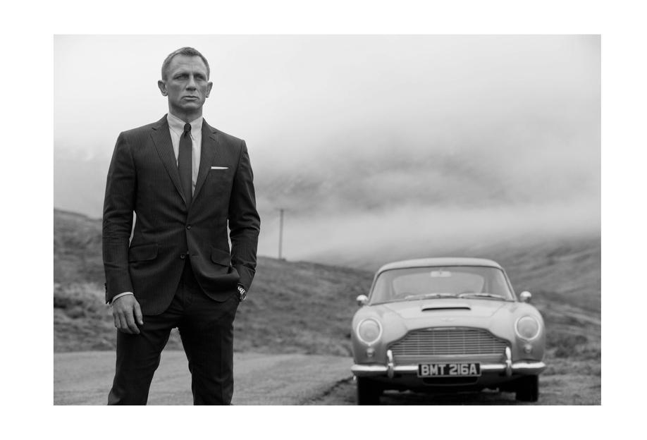 Daniel Craig as James Bond Aluminium Print