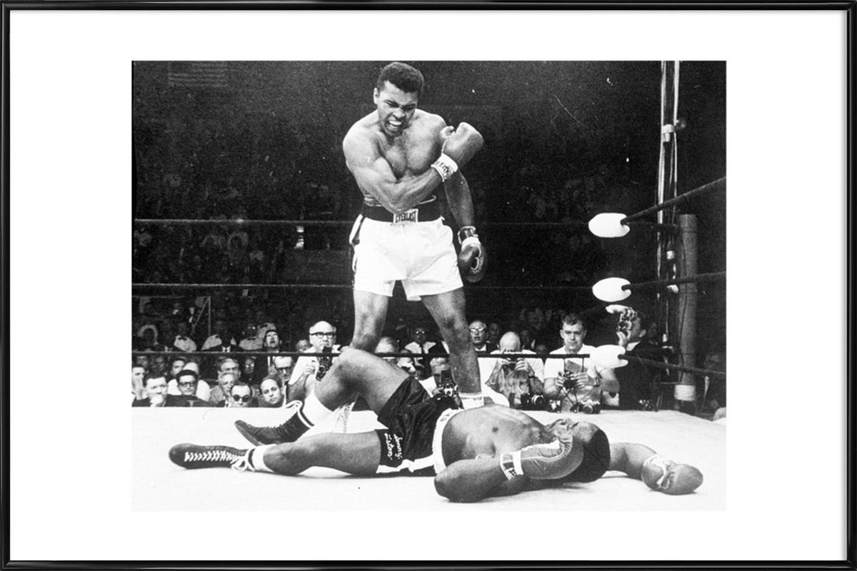 Muhammad Ali rematch with Sonny Liston, 1965 -Bild mit Kunststoffrahmen