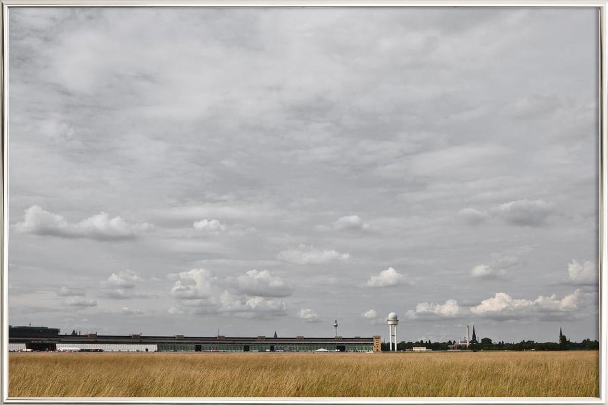 Tempelhof Poster in Aluminium Frame