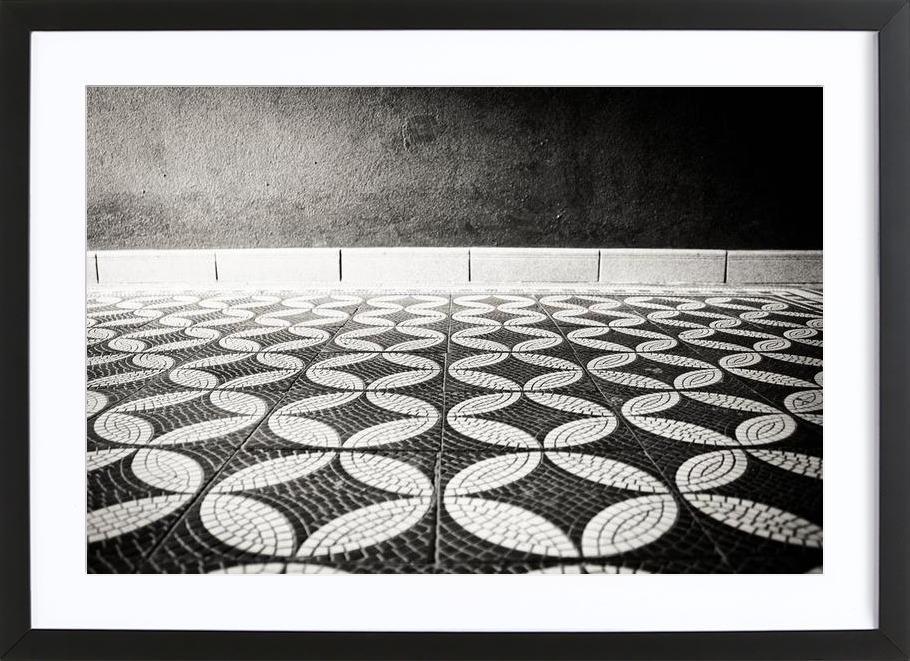 On the Floor -Bild mit Holzrahmen