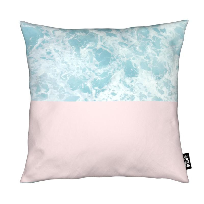 Pink on the Sea coussin
