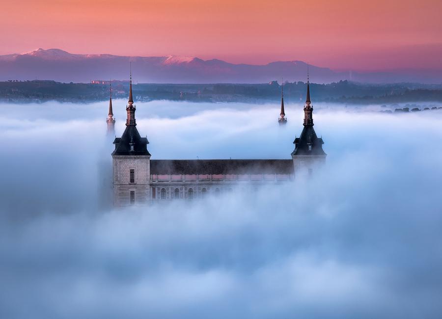 Toledo City Foggy Sunset - Jesús M. Garcia Canvas Print