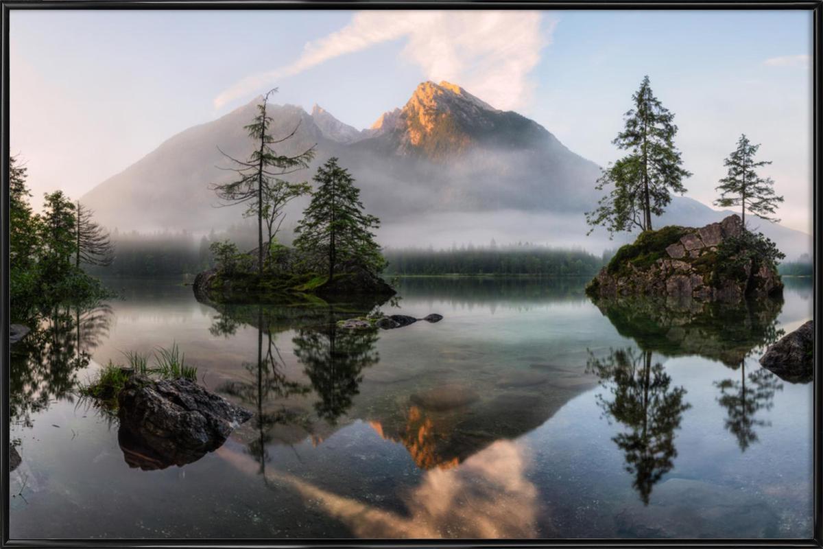 Nature's Awakening - Daniel Fleischhacker -Bild mit Kunststoffrahmen