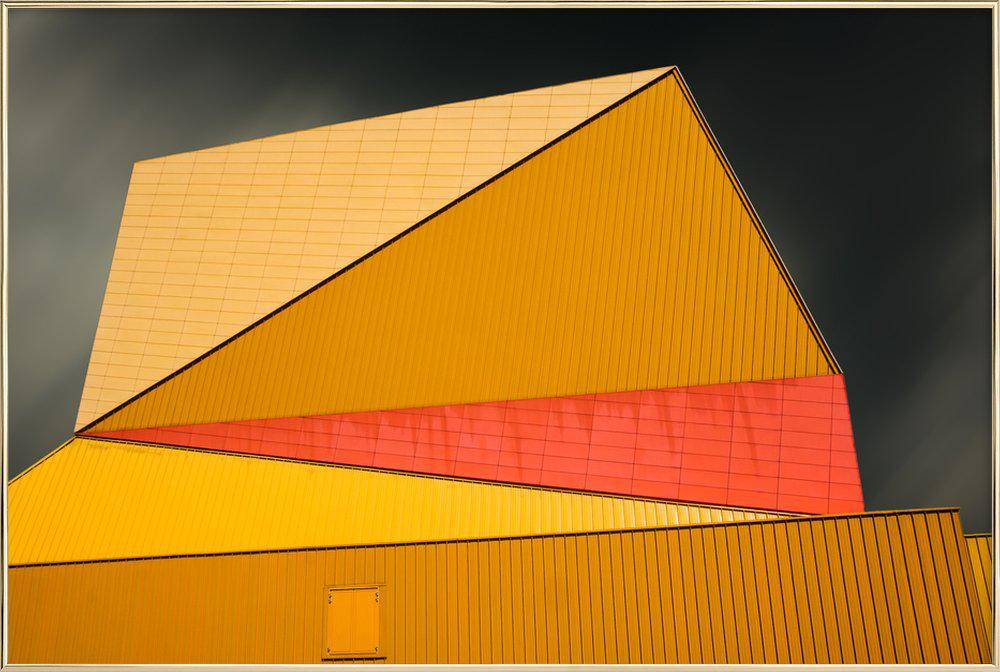 The Yellow Roof poster in aluminium lijst