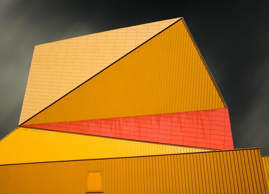 The Yellow Roof canvas doek