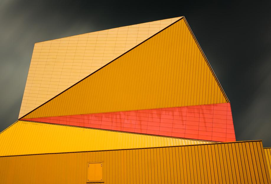 The Yellow Roof -Alubild