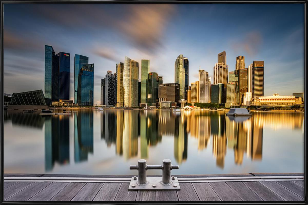 Golden Morning in Singapore -Bild mit Kunststoffrahmen