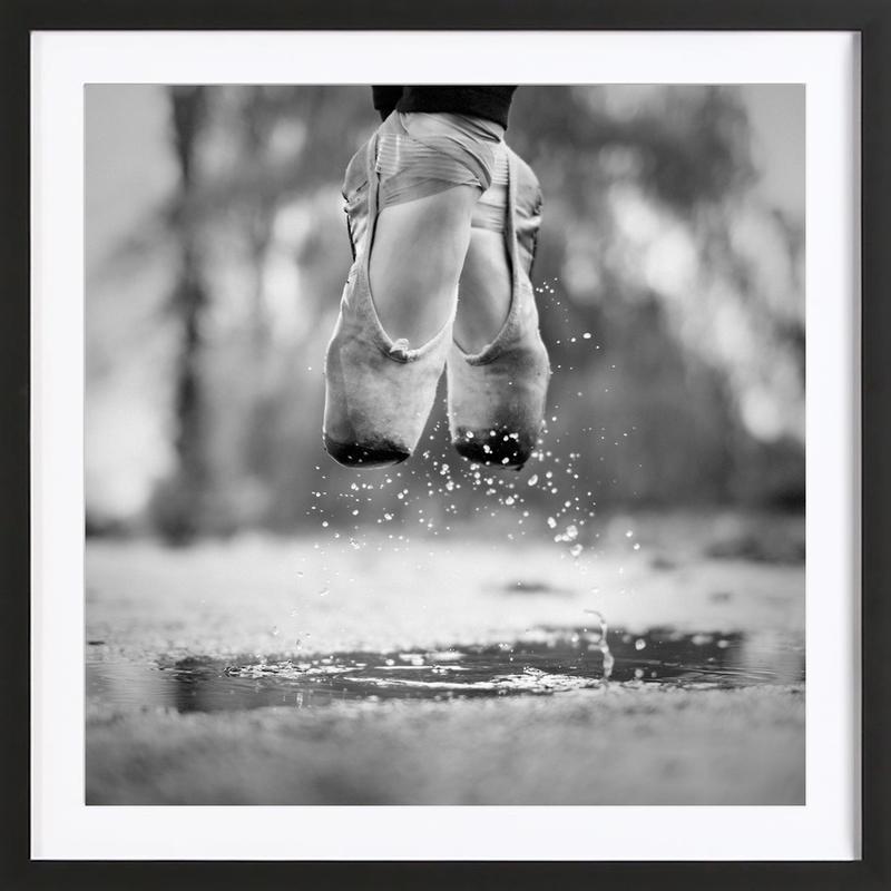 The Day We Went Jumping in Puddles - Howard Ashton-Jones -Bild mit Holzrahmen