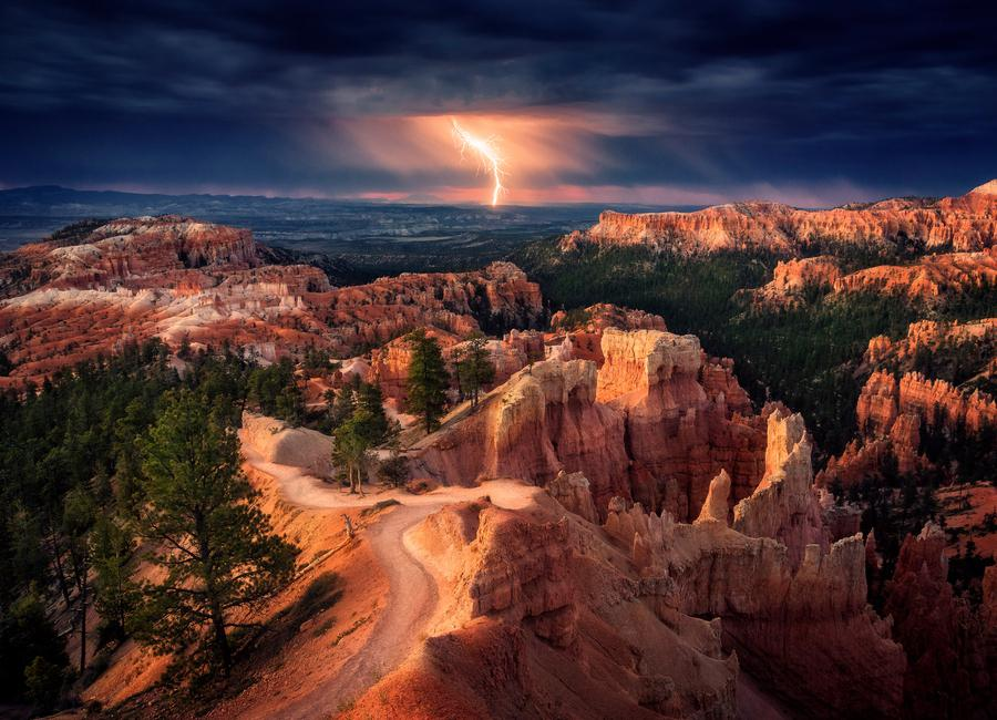 Lightning over Bryce Canyon - Stefan Mitterwallner toile