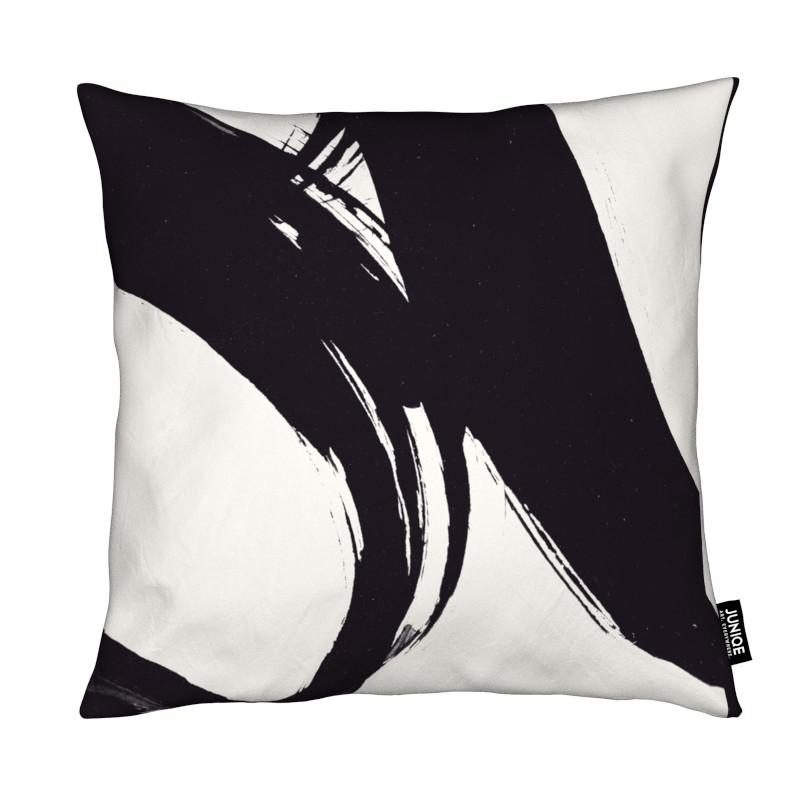Black & White, Dune