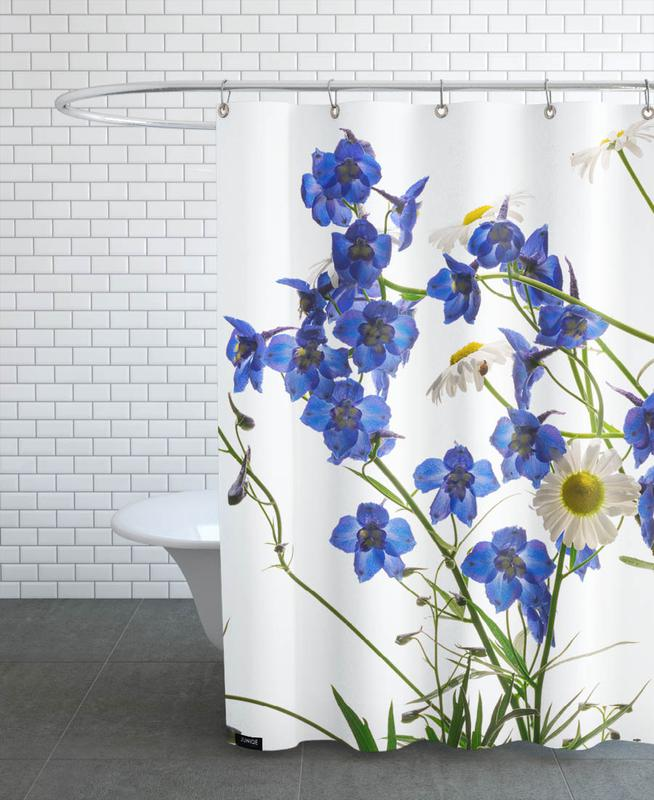 , Flora - Rittersporn Shower Curtain