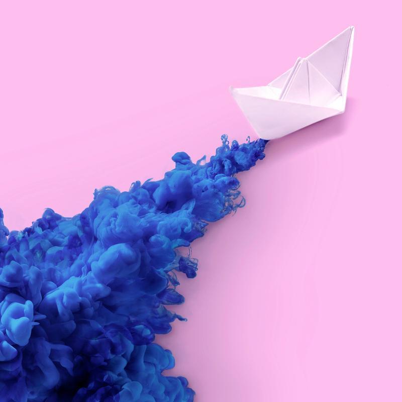 Paper Boat -Leinwandbild