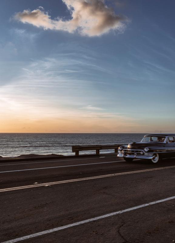 Cadillac Sunset Cruise I -Leinwandbild