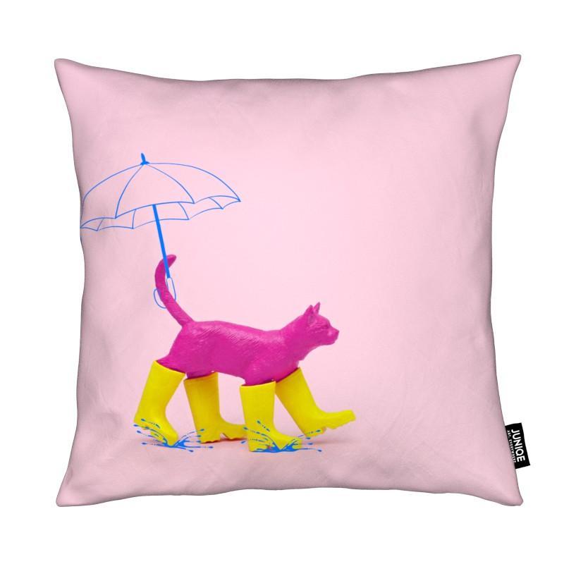 Chats, Art pour enfants, Puss in [Rain] Boots coussin