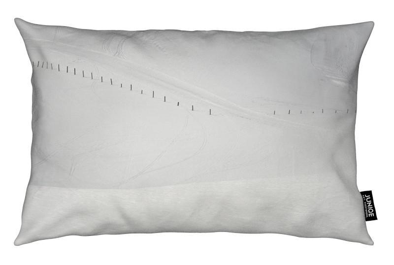 Noir & blanc, Montagnes, Lines in the Snow coussin