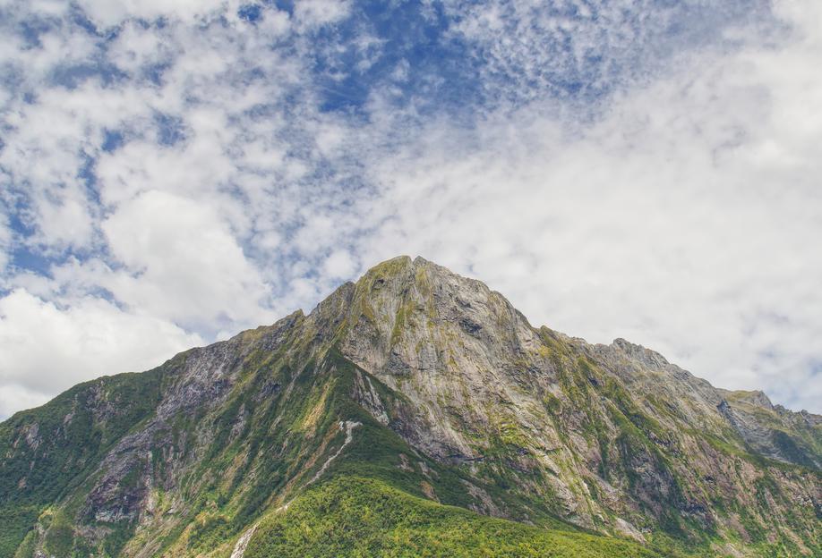 Milford Sound -Acrylglasbild