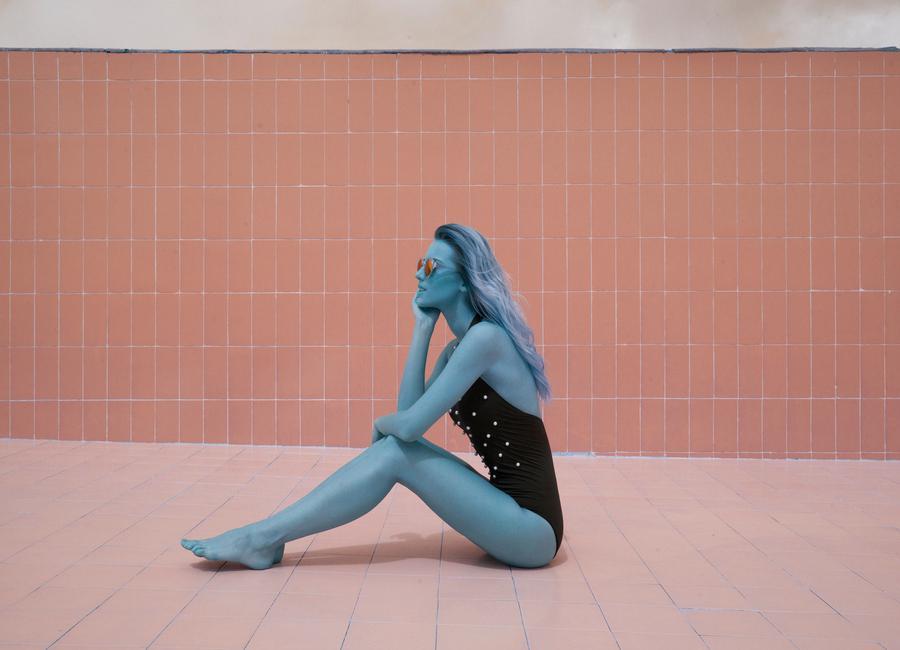 Pool Girl 2 toile
