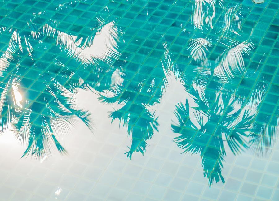 Miami Reflections by @Khoopatiphatnukoon Canvastavla