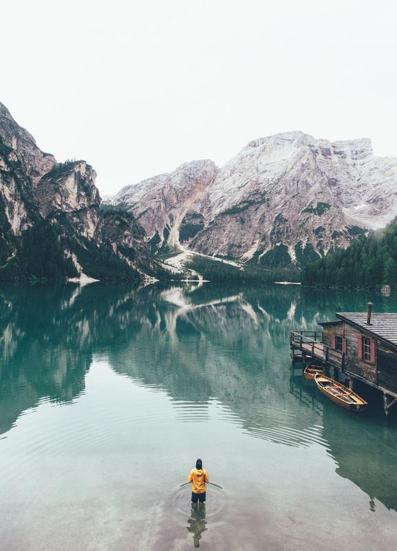 Hidden Lake by Ueli Frischknecht Canvastavla