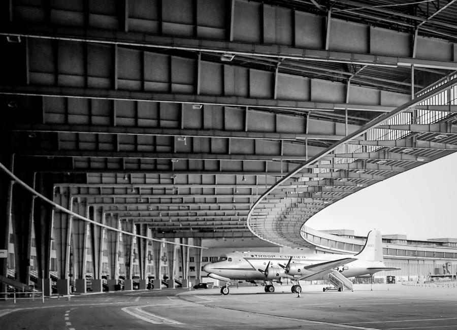 Airplane Hangar canvas doek