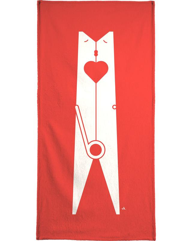 Clothespin kiss Bath Towel