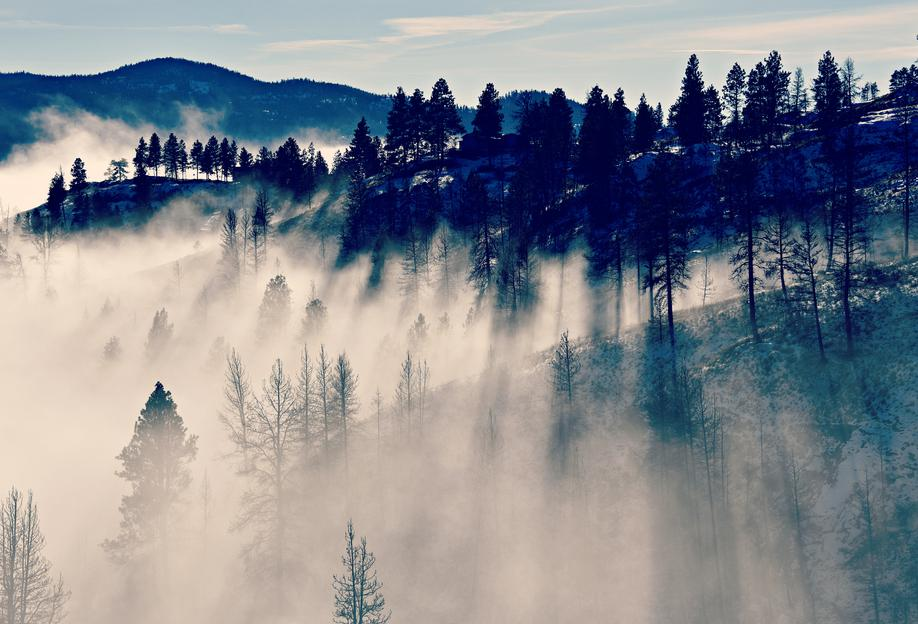 Mountaintop Living -Acrylglasbild